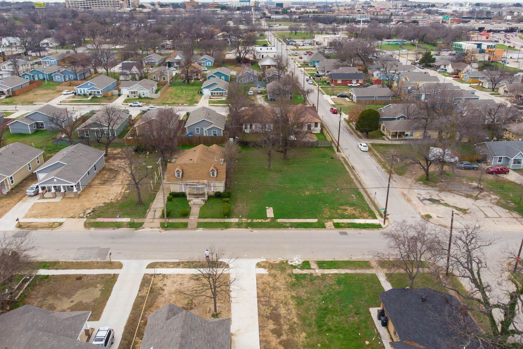 Land for Sale at Build your dream home on this over-sized lot 1300 New York Avenue Fort Worth, Texas 76104 United States
