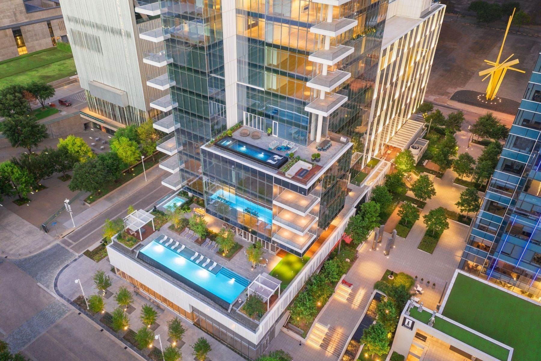 33. Condominiums for Sale at HALL Arts Residences 1747 Leonard Street, #2701 Dallas, Texas 75201 United States