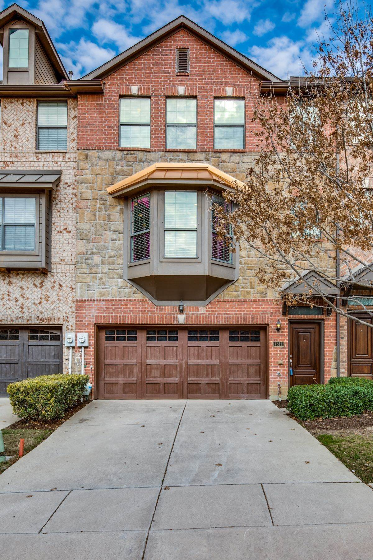 townhouses for Sale at 1511 Biltmore Lane, Irving, TX, 75063 1511 Biltmore Lane Irving, Texas 75063 United States