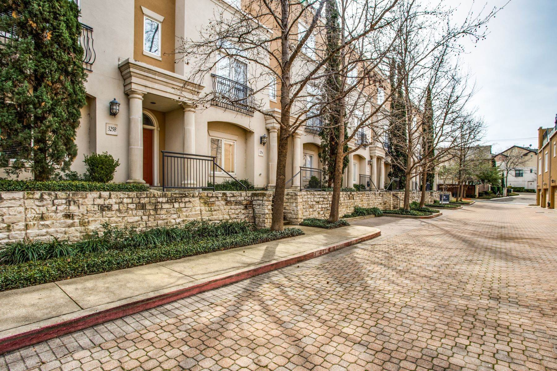 townhouses for Sale at 3258 N. Haskell Avenue Dallas, Texas 75204 United States