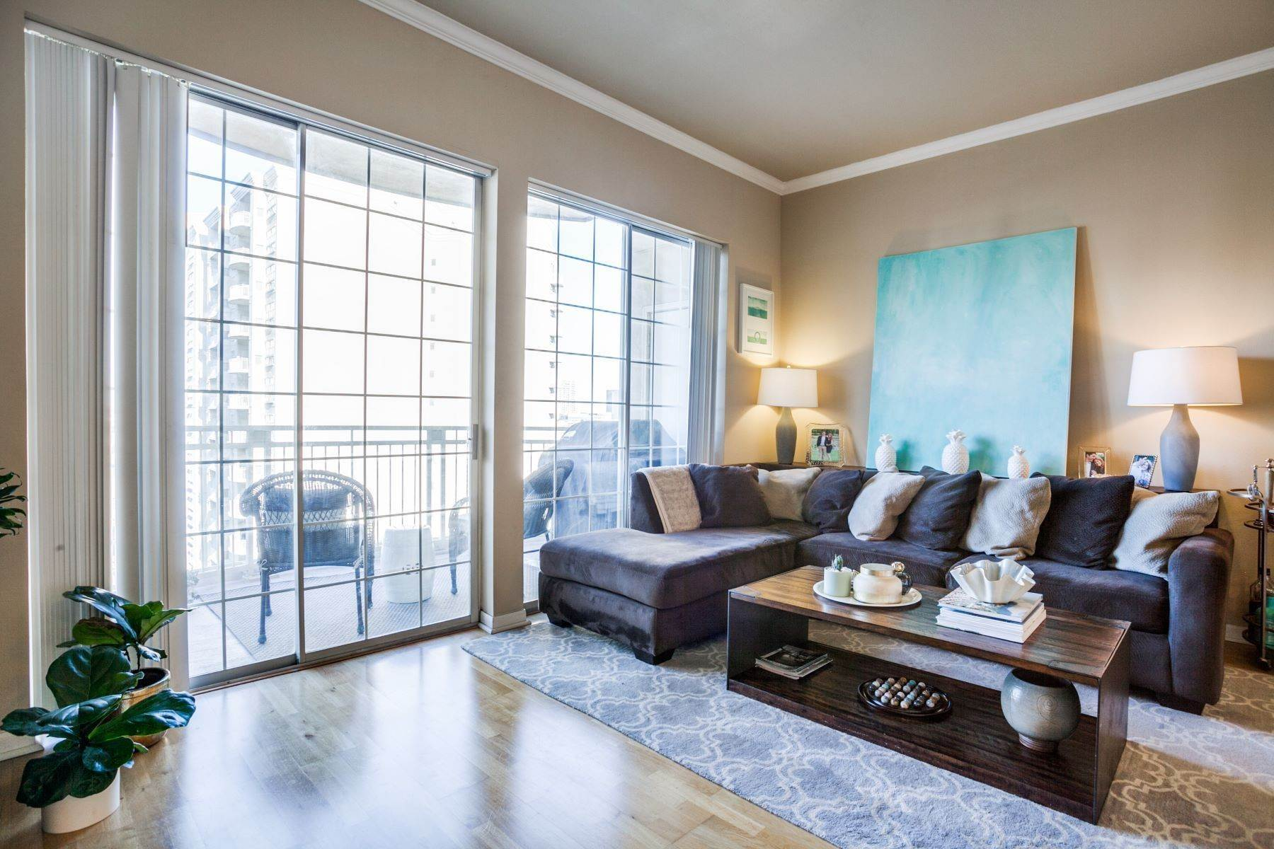 Condominiums for Sale at 14th Floor Views in Turtle Creek! 3225 Turtle Creek Boulevard, Unit# 1411 Dallas, Texas 75219 United States