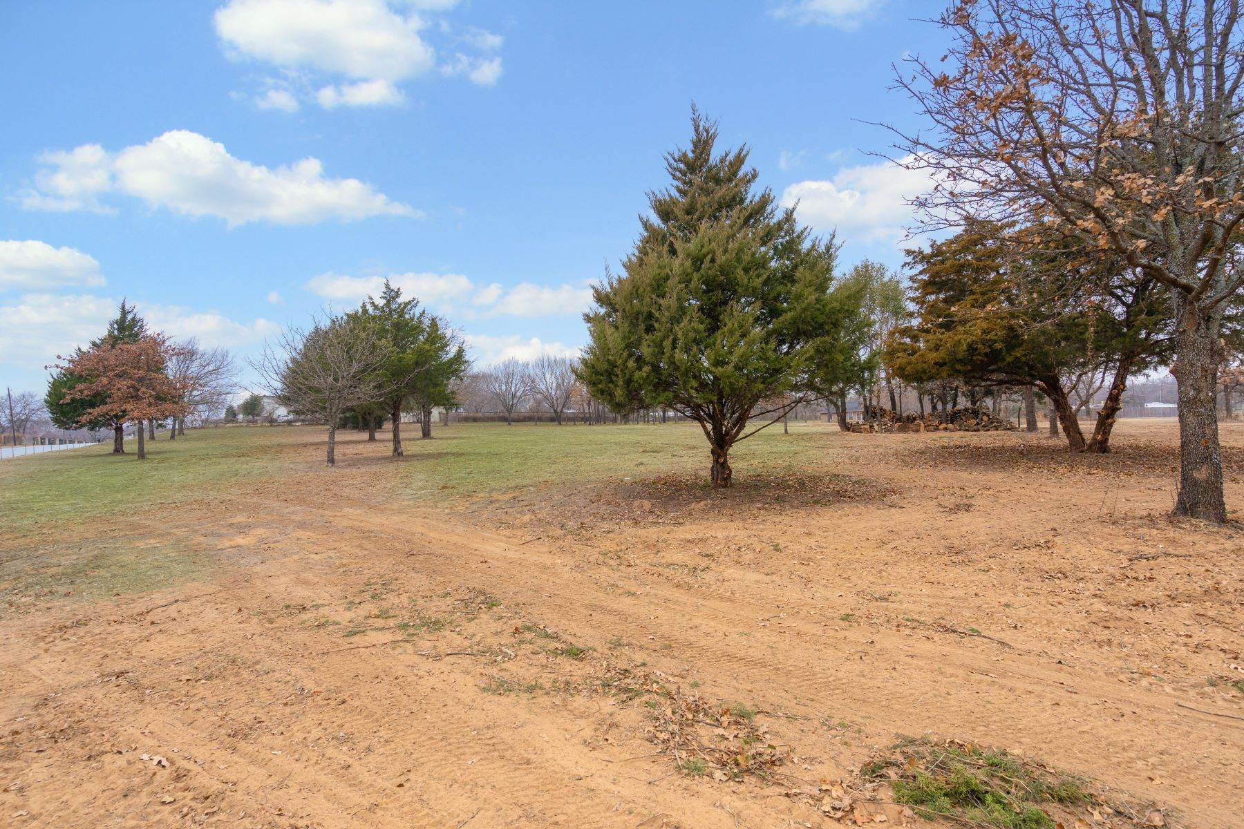 5. Land for Sale at Beautiful, One Acre Lot in the Heart of Tarrant County 9009 Rumfield Drive North Richland Hills, Texas 76182 United States