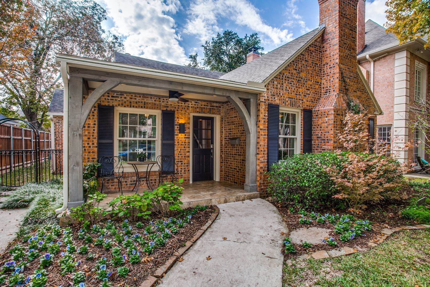 Single Family Homes for Sale at University Park Charmer 3217 Purdue Avenue University Park, Texas 75225 United States