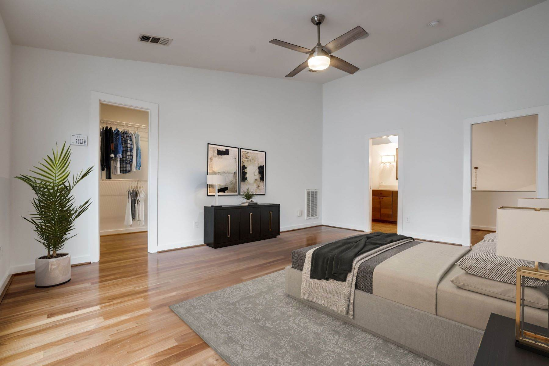 18. townhouses for Sale at Trendy Townhome 1513 Caddo Street Dallas, Texas 75204 United States