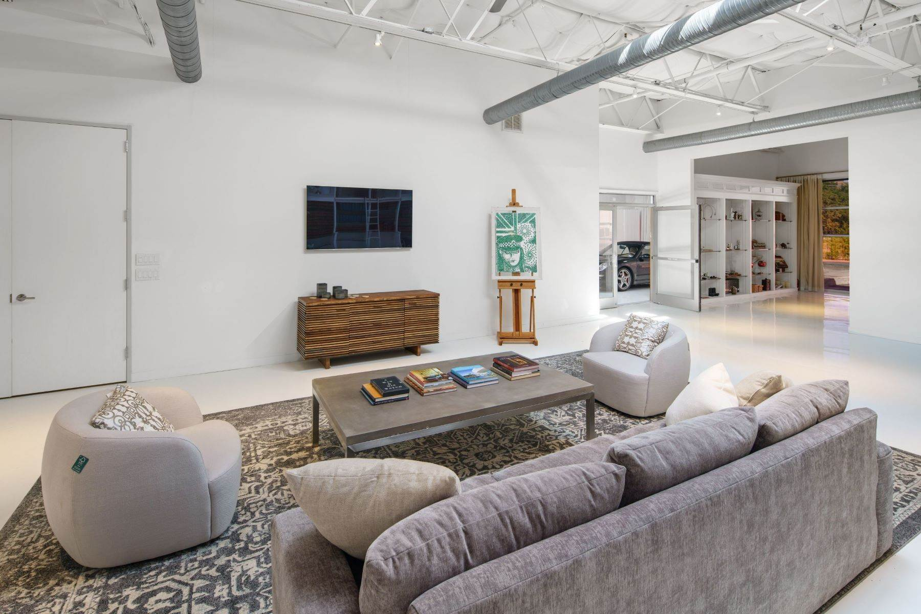 10. Condominiums for Sale at Extraordinary Dallas Design District Live+Work+Play Multi Use Home 2231-2233 Valdina Street, #102 Dallas, Texas 75207 United States