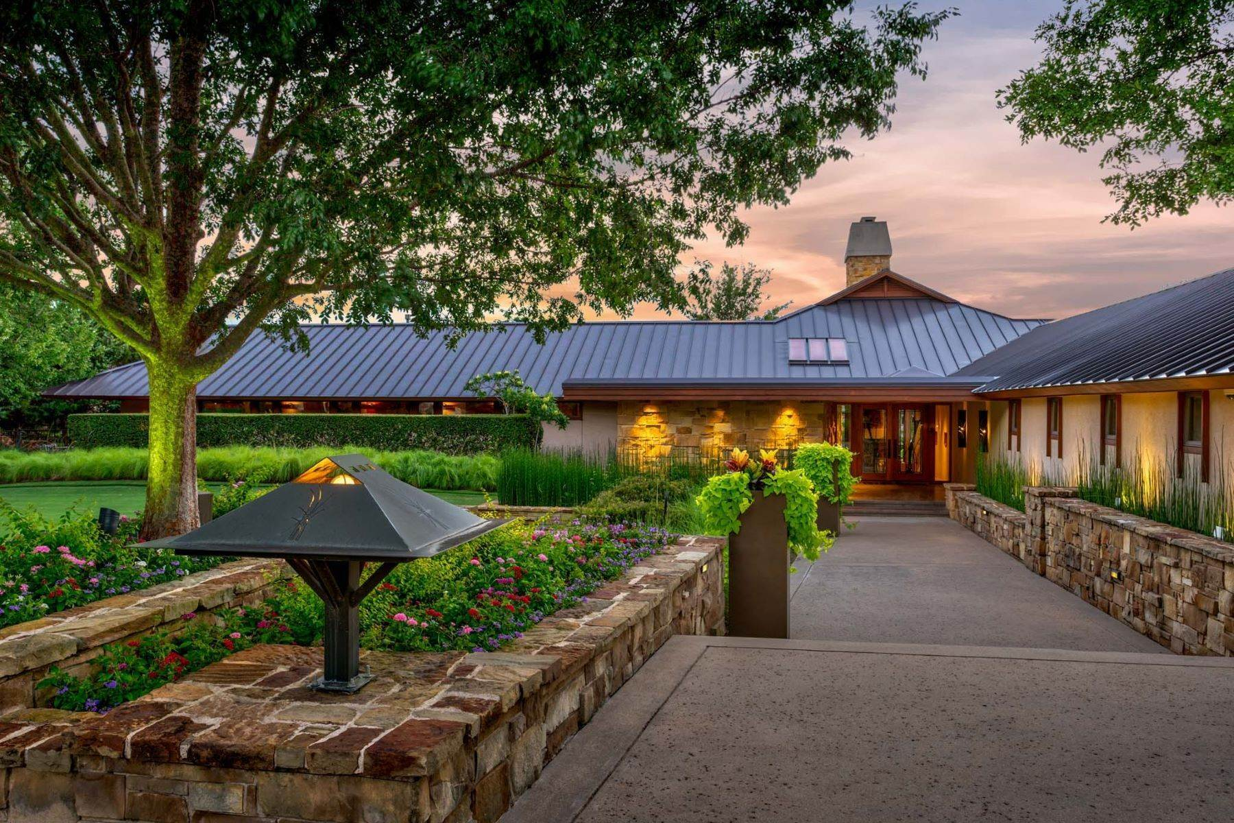3. Single Family Homes for Sale at Sustainable Ranch Style Home with Mid-Century Flair 4808 Bill Simmons Road Colleyville, Texas 76034 United States