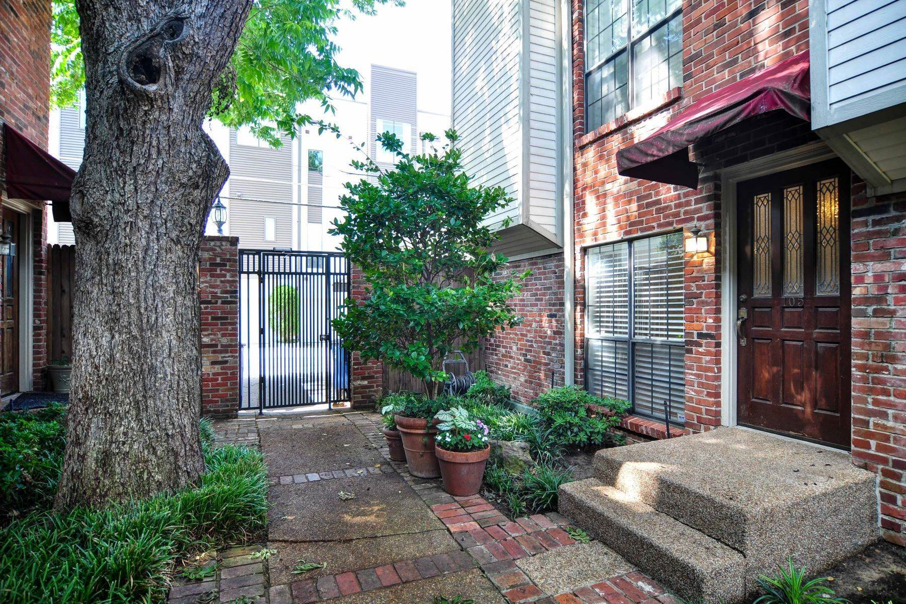 Condominiums for Sale at 4130 Wycliff Avenue, Dallas, TX, 75219 4130 Wycliff Avenue, Unit# 105 Dallas, Texas 75219 United States