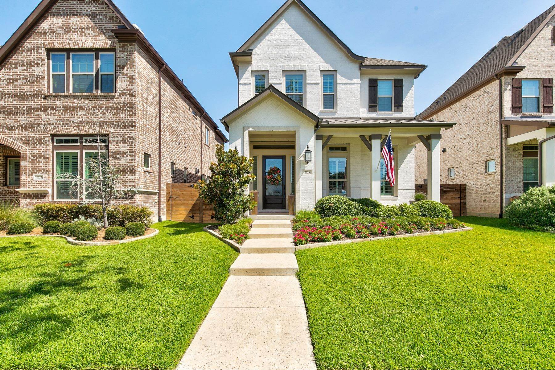 Single Family Homes for Sale at 4628 Dexter Avenue, Fort Worth, TX, 76107 4628 Dexter Avenue Fort Worth, Texas 76107 United States