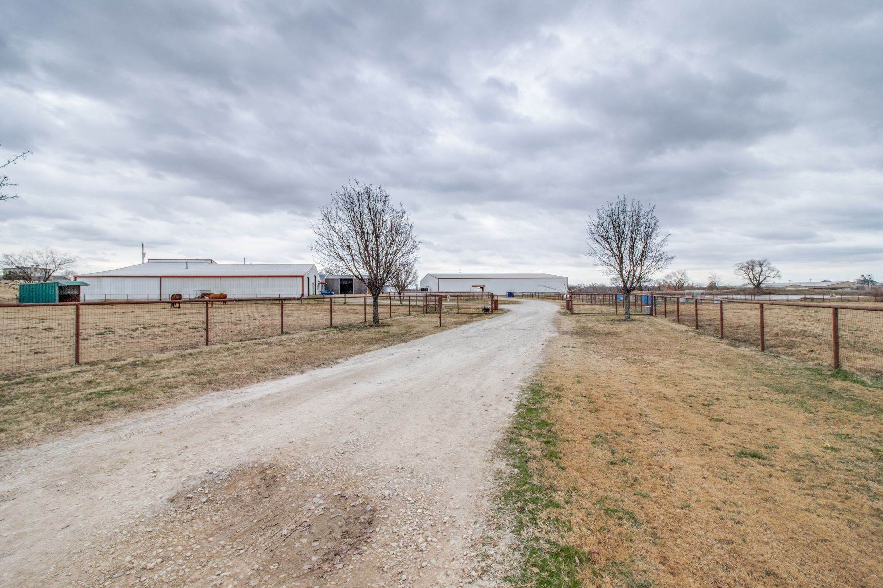 8. Farm and Ranch Properties for Sale at Horse Ranch! 5400 Fm 424 Cross Roads, Texas 76227 United States