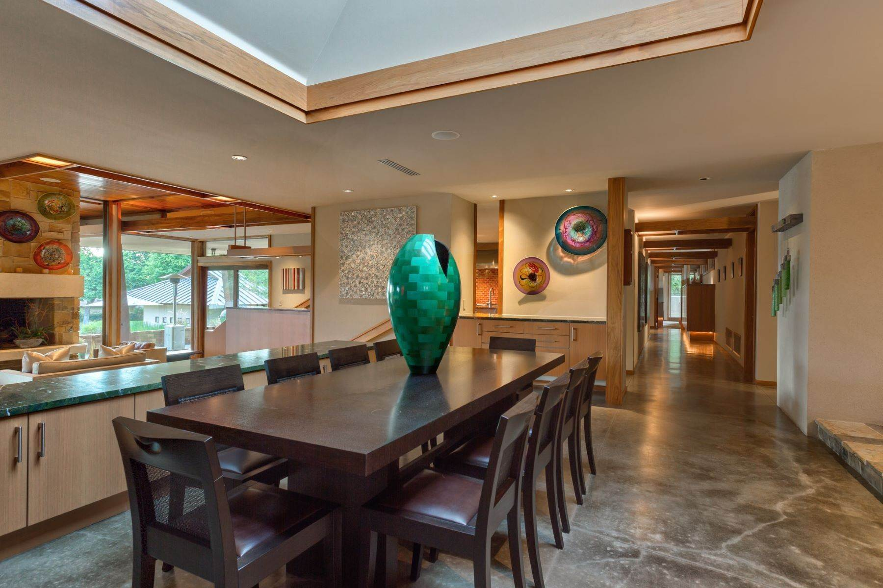 7. Single Family Homes for Sale at Sustainable Ranch Style Home with Mid-Century Flair 4808 Bill Simmons Road Colleyville, Texas 76034 United States