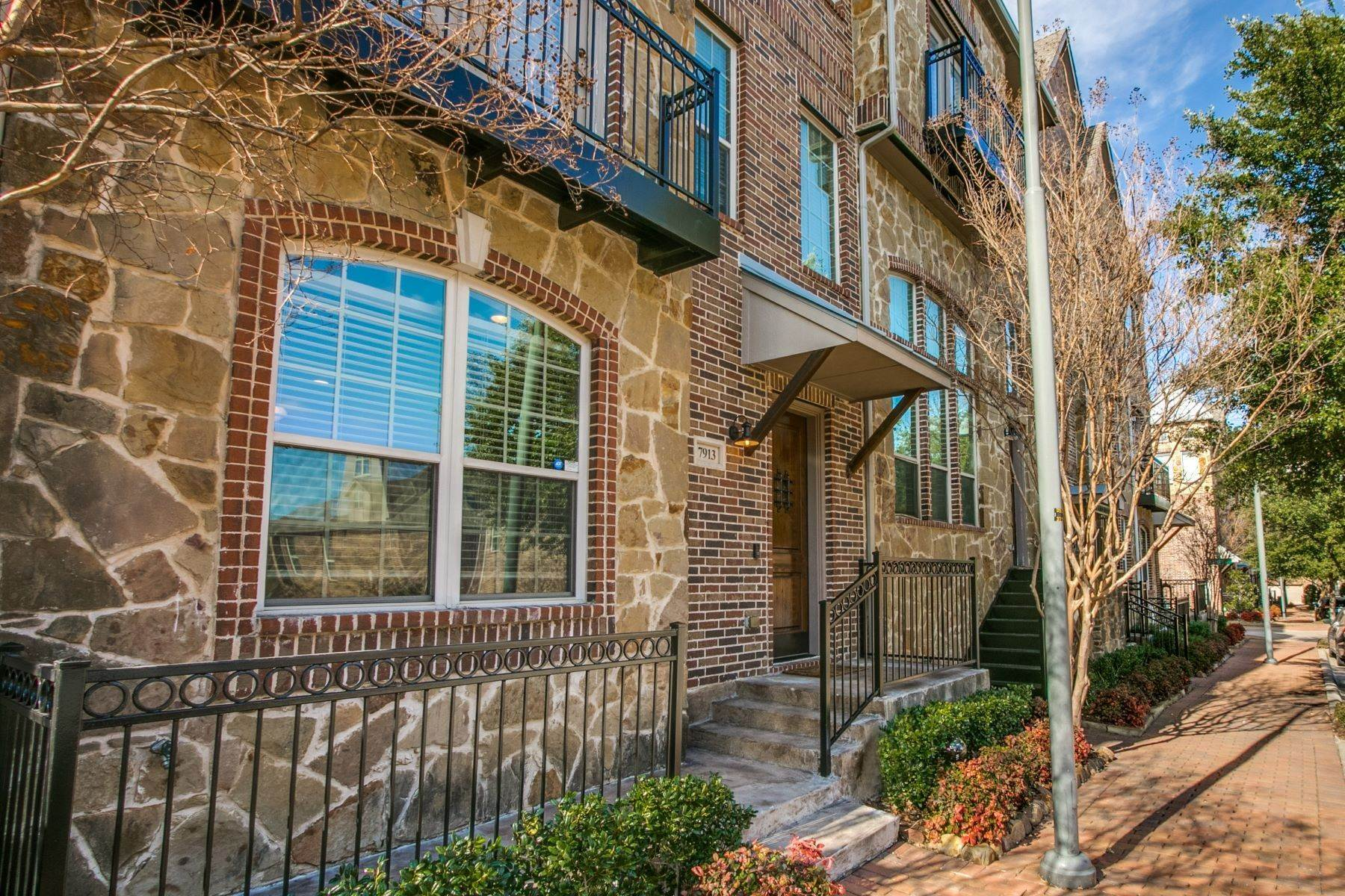 townhouses for Sale at Shops at Legacy Townhome! 7913 Osborn Parkway Plano, Texas 75024 United States